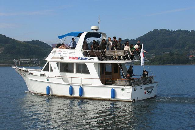 【静岡・浜名湖・パーティークルージング】2時間貸切!船上パーティーで盛り上がろう