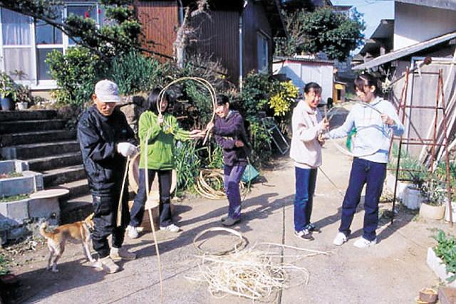 【長崎県松浦市・伝統工芸体験】水鉄砲に竹とんぼ!昔ながらの玩具作りを楽しもう