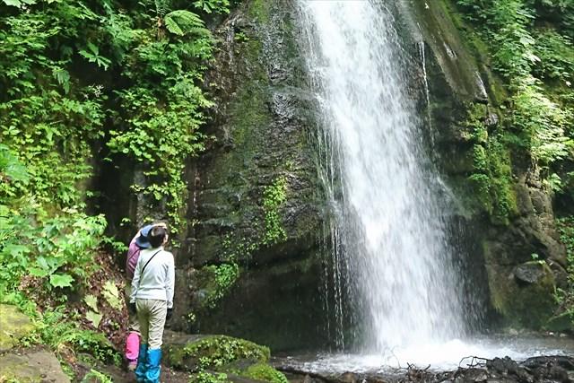 【青森・トレッキング】ゆっくりたくさん歩こう!石ヶ戸から銚子大滝まで歩く4時間