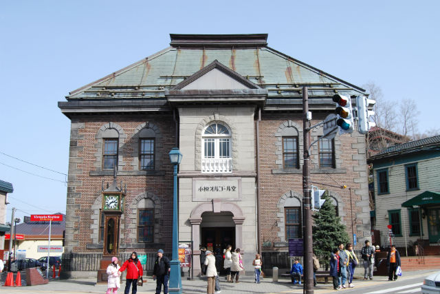 【小樽・ガイドツアー】ディープな小樽を再発見!堺町を歩く裏話いっぱいのツアー