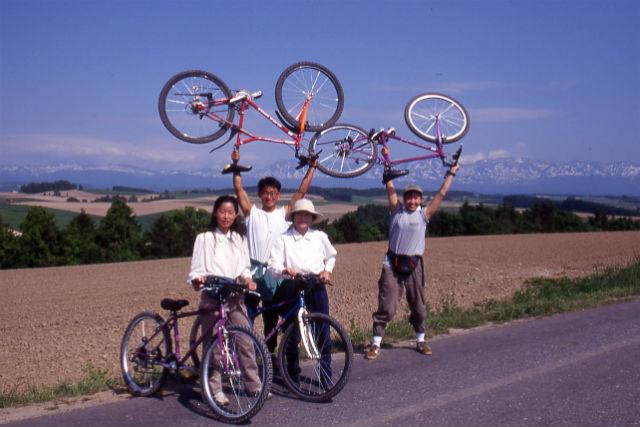 【北海道・富良野・マウンテンバイク】お好きな場所でランチが楽しめる!丘の上コース