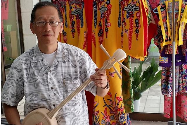 【石垣島・楽器作り】優しい音色に癒されます。白木三線作りと三線教室を楽しもう
