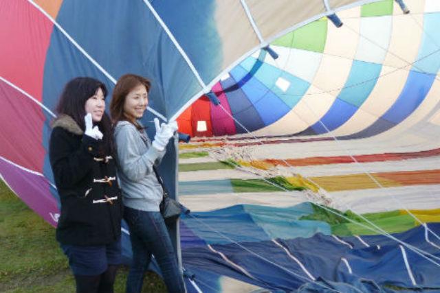 【三重・鈴鹿・熱気球搭乗体験】鳥のような気分が味わえる!45分のフリーフライト