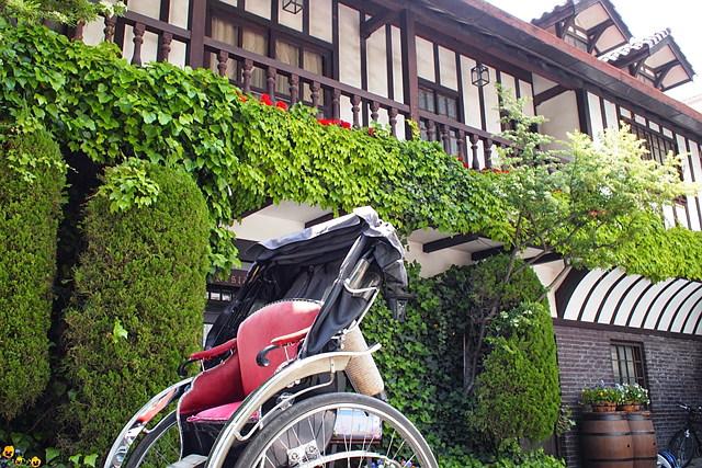 【長野・松本・人力車】松本城の内堀から城下町へ!asoview!限定・お得に周遊コース