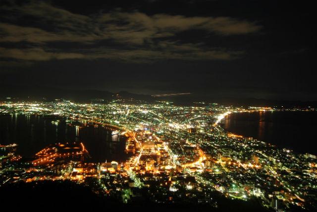 【函館・観光タクシー・90分】100万ドルの夜景を眺めに!ジャンボタクシー・函館夜景コース