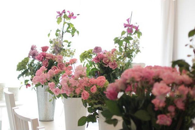 【東京・青山・フラワーアレンジメント】季節の花をアレンジメント!フレッシュフラワー制作