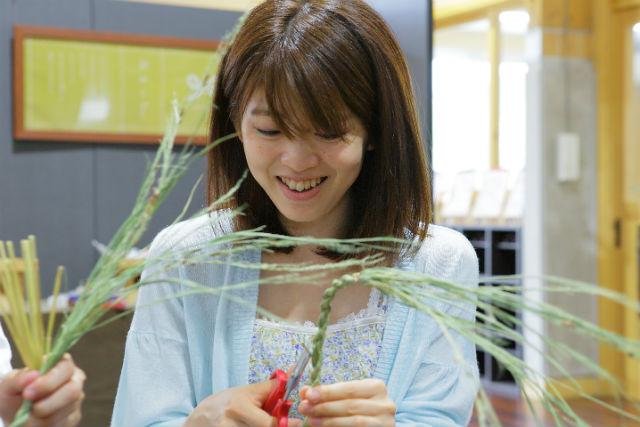 【島根県飯南町・伝統工芸体験】インテリアに最適!しめ縄作り中級デコレーションコース