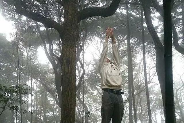 【千葉・ヨガ】夕日を背に、サンセットヨガ!1日の終わりを感じる神秘体験へ