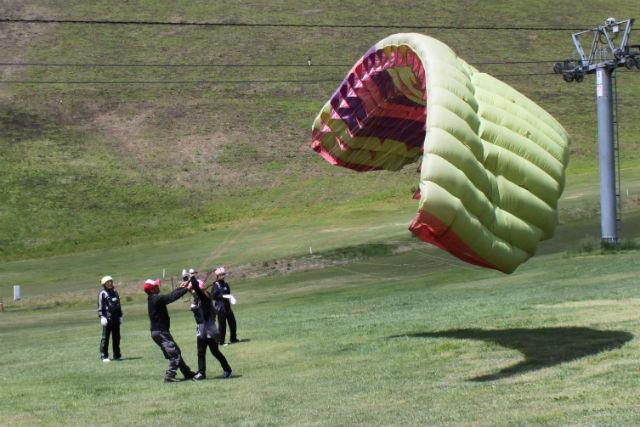 【兵庫・神鍋高原・パラグライダー】空で過ごす半日!初心者大歓迎のパラグライダー