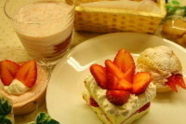 【北海道・富良野・料理体験】スイーツ好きにおすすめ。いちごのスイーツ手作り体験