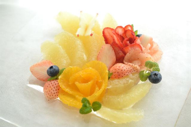 【東京・渋谷・フルーツカッティング】食べるアート!食卓を彩るフルーツデコレーション