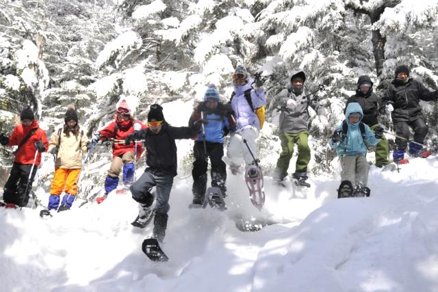【長野・スノーシュー】道なき八ヶ岳の雪原を歩く。1日スノーシューツアー