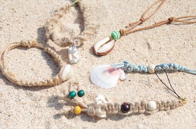 【沖縄・海遊び】わくわく散策のビーチ遊びとマリンクラフト作りに挑戦!