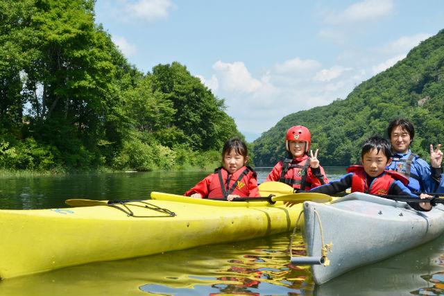 【北海道・十勝・カヌー】自然の景色を満喫!屈足湖のんびりカヌー