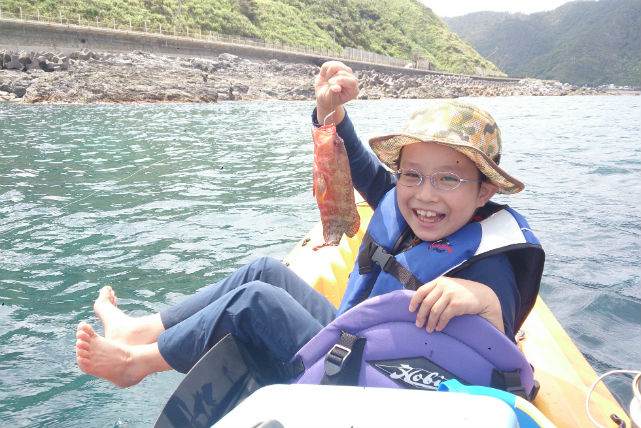 【沖縄・シーカヤック ・釣り体験】大満足!よくばりプランで自然を満喫!