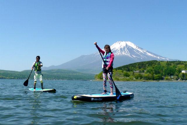 【山梨・山中湖・SUP】絶景!富士のふもとでインフレーターブルSUPを体験