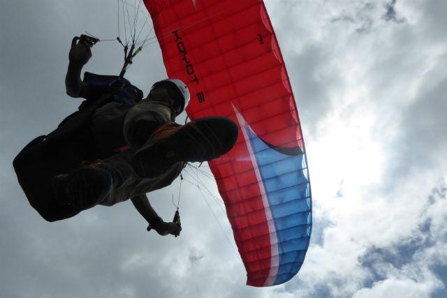 【北海道岩見沢市・パラグライダー】斜面で自分で飛べる!ふわっとフライト体験