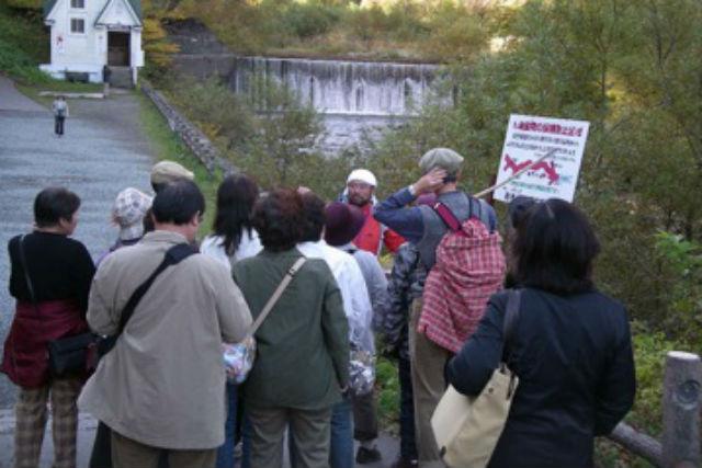 【青森・弘前・エコツアー】ブナ林散策道を歩きながら、暗門第1の滝を目指すエコツアー