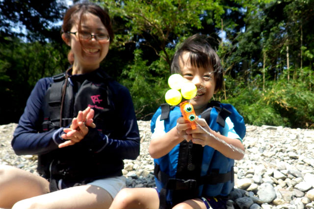 【徳島県・自然体験】ダッチオーブンでランチを楽しもう!川あそび満喫プラン