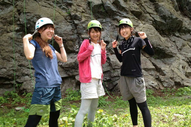 【長野県白馬・アウトドアクライミング】白馬の天然岩でアウトドアクライミング(午前の部9:00スタート)