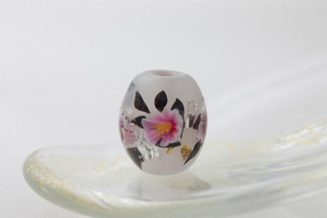 【兵庫・豊岡・ガラス細工】コウノトリの町にあるガラス工房で!涼やかなとんぼ玉作りにチャレンジ