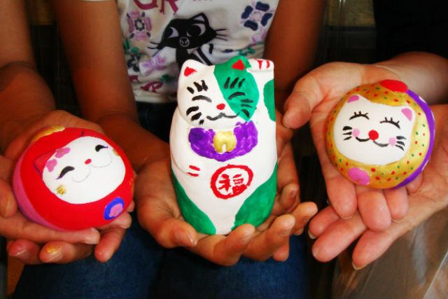 【岡山市・絵付け体験】招き猫に可愛く絵付け!自分の手で福を呼ぼう