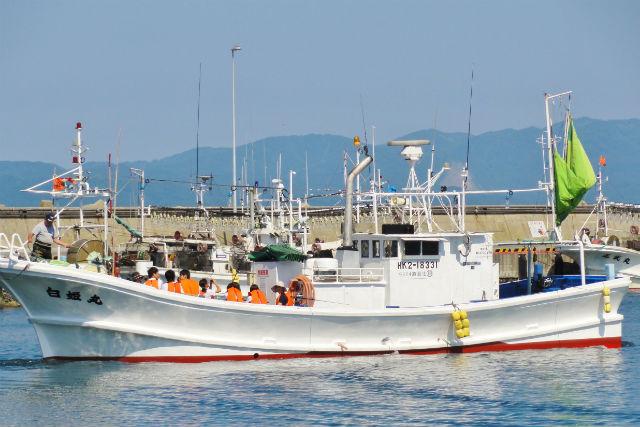 【函館市・漁船クルージング】普段は見えない「海」からの眺望に出会う旅