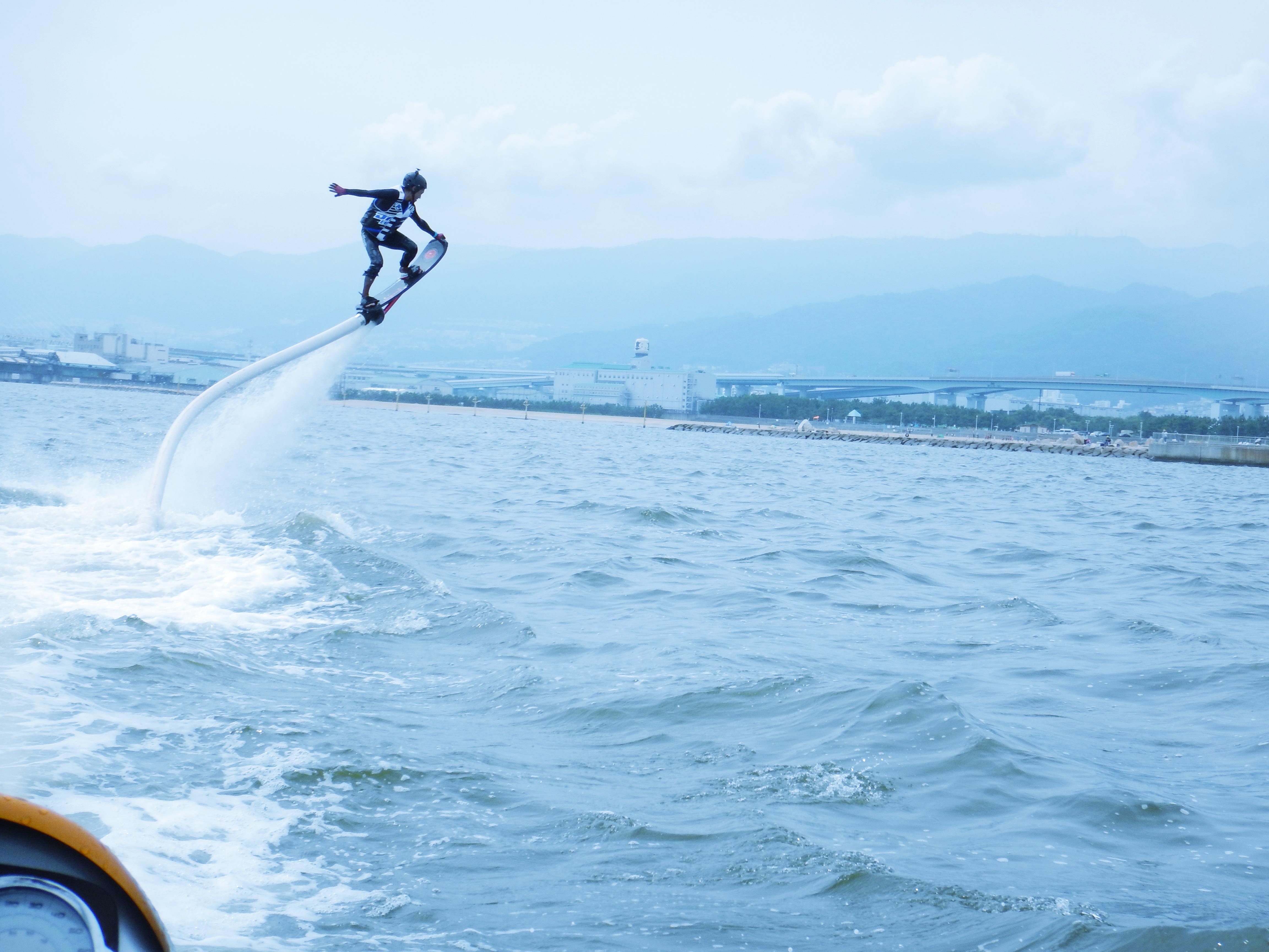 【兵庫・芦屋・ホバーボード体験】まるでSF映画!スリル満点のホバーボード体験