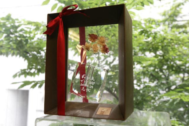 【福岡市・陶芸体験】キラキラガラスの花器を作ろう!フラワーベース