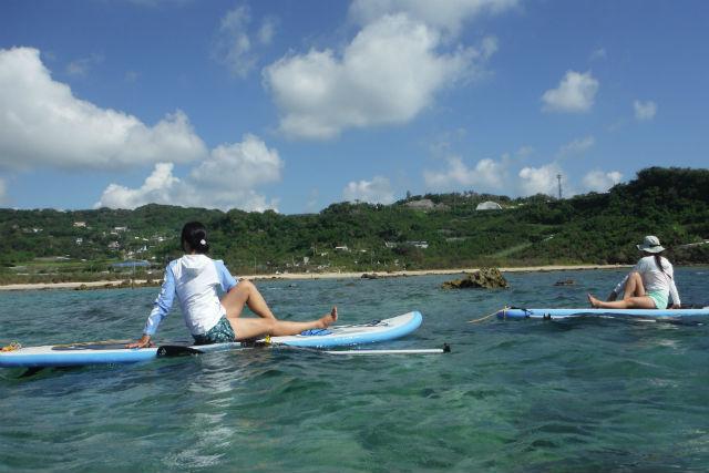 【沖縄・南城市・SUP】美ら海でパワーをチャージ!SUPヨガプラン