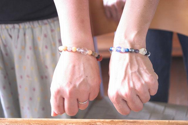 【伊豆高原・アクセサリー手作り体験】天然石を自由に組み合わせ!色とりどりのブレスレットを作ろう