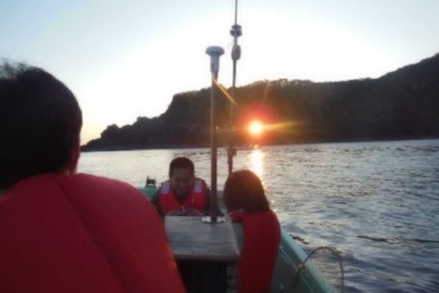 【兵庫・観光船・3人乗り】御火浦ぐるり遊覧、フルコース!地元漁師がご案内