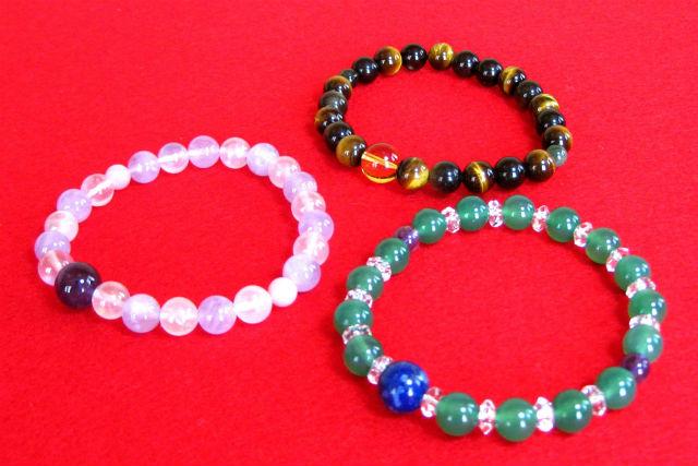 【山形・アクセサリー手作り体験】ご利益に期待!お寺で天然石の腕念珠をつくろう