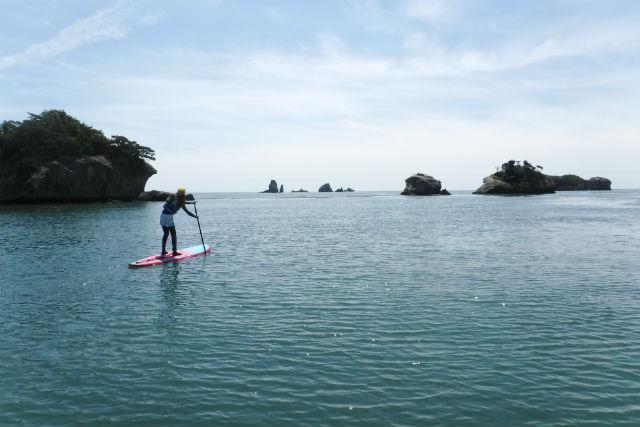 【宮城・奥松島・SUP】離れ小島の間をスイスイ進む!観光スポットで体験SUP