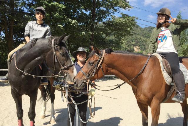 【神戸・乗馬】気軽な乗馬レジャー!スタッフが引く馬に乗ってみよう