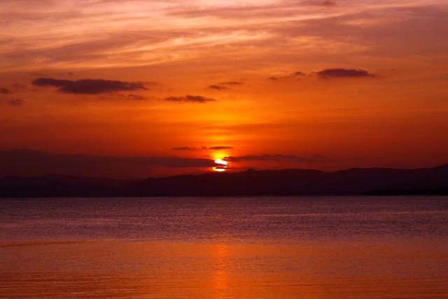 【竹富島・シュノーケル】今日この日だけのサンセット、暮れなずむ海に想いを馳せて