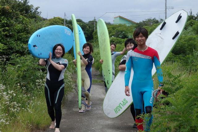 【千葉県・サーフィン体験】波と仲良しに!基礎が身につくサーフィン初心者スクール