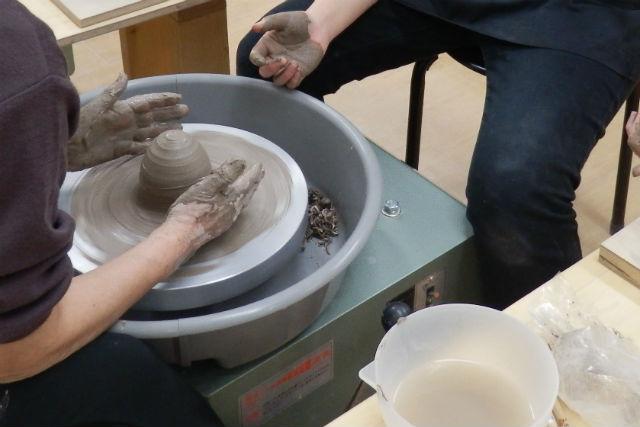 【札幌・陶芸体験・電動ろくろ】気分は職人!世界に一つだけの作品をつくる陶芸体験