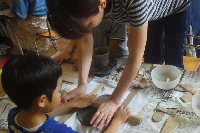 【札幌・陶芸体験・手びねり】お子さまも歓迎!オリジナル作品を自由に創作しよう!