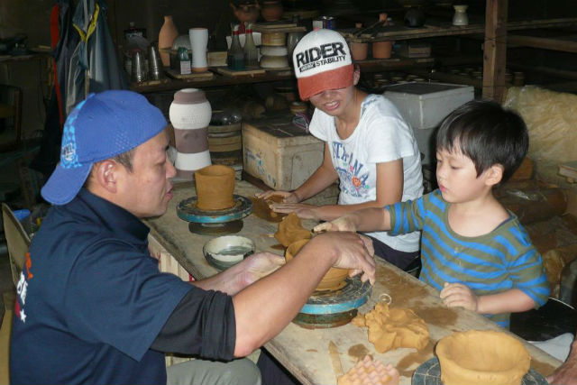 【福岡・陶芸・手びねりor電動ろくろ】約350年の伝統!小石原焼の窯元で陶芸体験