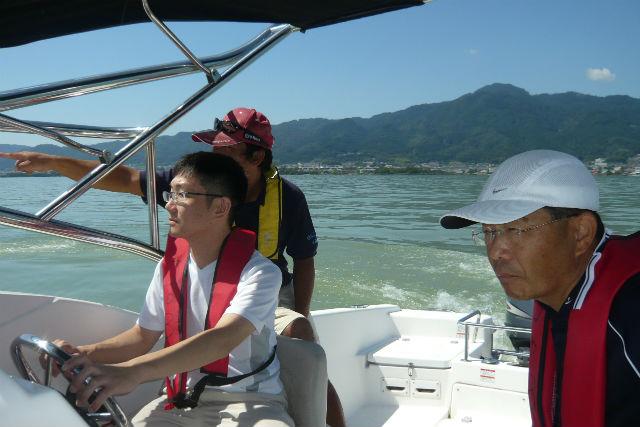 【浜名湖・クルージング・要船舶免許】男の憧れが詰まってます!操縦レッスン付きのクルージングツアー