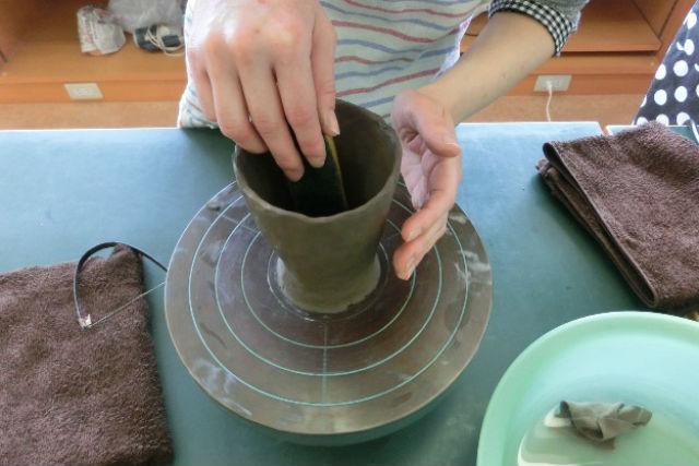 【島根・陶芸体験・手びねり】湯のみ・お茶碗などのマイ食器を作ろう!手びねり体験