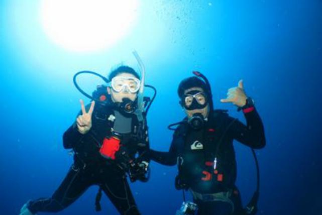 【沖縄・伊江島・ファンダイビング】豪快な地形が魅力です!伊江島・2ボートダイビング