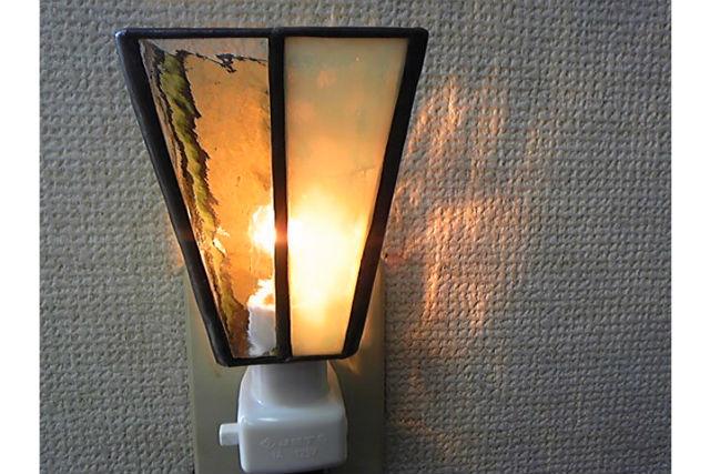 【宮城・仙台市・ガラス細工】夜のお部屋をやさしく照らします!おやすみランプ