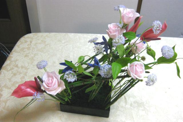 【京都・フラワーアレンジメント】季節の花でアレンジしよう!月2回・和モダン欧風いけばな資格コース