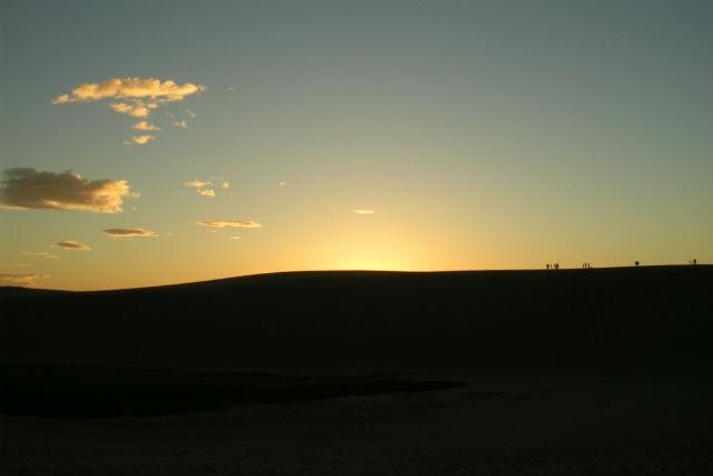 【鳥取県・ガイドツアー】神秘的な鳥取砂丘へ。夜の砂丘・ミステリーナイトウォーク