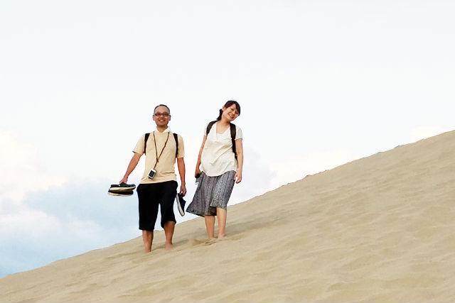 【鳥取県・ガイドツアー】広大な砂丘をひとりじめ!鳥取砂丘・早朝さわやか散策