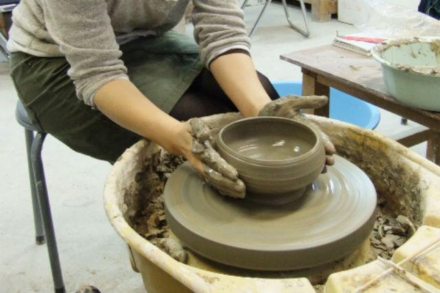 【高知・陶芸体験・電動ろくろ】できあがりに大満足!電動ろくろの陶芸体験