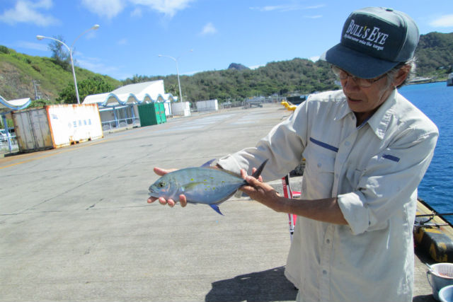 【小笠原・父島・釣り(初心者)体験】天然魚の宝庫!初心者でも大物狙いが可能です!