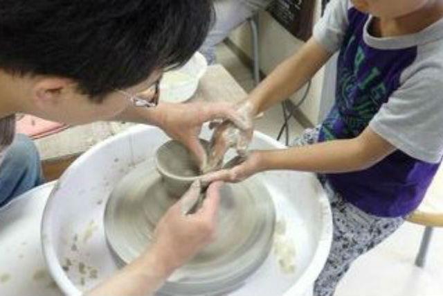 【札幌・陶芸体験】電動ろくろで本格陶芸!初心者でも練習しながら楽しめます